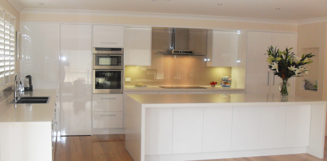 With Over 30 Years Of Industry Experience And Expertise In The Latest Kitchen Trends The Designers Offer An In House Professional Design Service